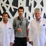 El ciclista Mikel Azparren recibe el alta hospitalaria en Policlínica Gipuzkoa intervenido por los Doctores Ricardo y Adrián Cuéllar